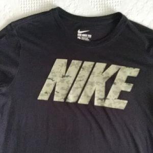 Nike athletic cut Dri-Fit t-shirt  Large